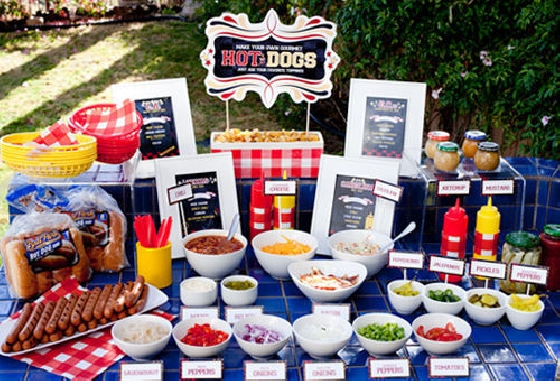 Buffet de cachorro quente para festas eu fa o a festa for What to serve at a bbq birthday party